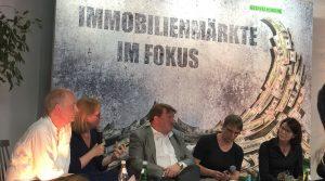 Immobilienmärkte im Fokus: Geschäftsführer C. Heinrich nimmt an Diskussionsrunde der Grünen Bundestagsfraktion teil
