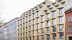 Schöne und helle 2-Zimmer-Wohnung in ruhiger Innenhof-Lage in Berlin-Mitte