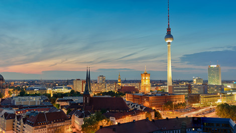 Berlin-Mitte – World History on the Banks of the Spree