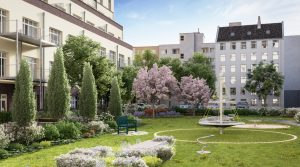 Berlin-Charlottenburg: apartment with a view